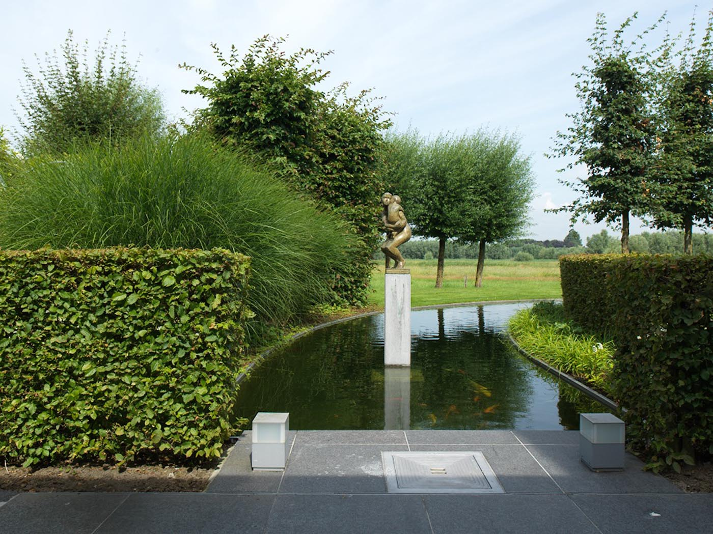 Waterpartijen l vijvers l tuinarchitect de roose for Moderne waterpartijen tuin
