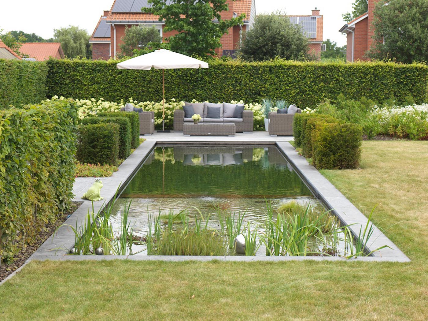 Zwemvijvers l zwemvijver aanleggen l tuinarchitect de roose for Aanleg zwemvijver